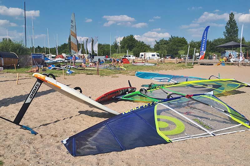 Wassersport Windsurfen Schladitzer See